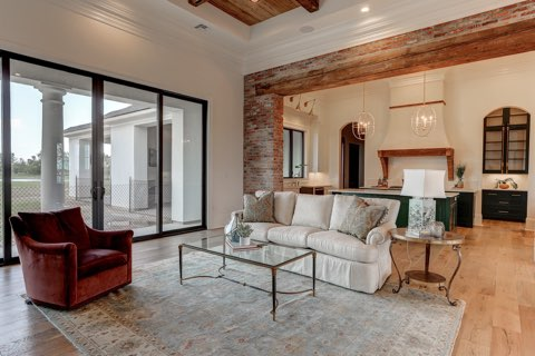Living Area Staging In Lafayette
