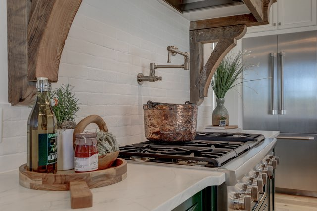 Stove-top Staging